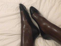 My shiny vidz legs