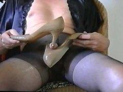 Love heels vidz play