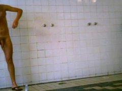 Swim club vidz showers