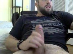 Bearded daddy vidz jerks off