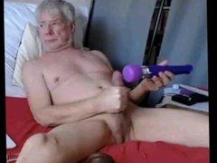 grandpa using vidz dildo