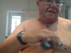 Shaving my vidz tits