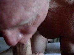 Cocksucker giving vidz room service  super in my hotel
