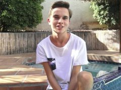 Smooth 8teenBoy vidz twink Cody  super Wilson jerks off by the pool