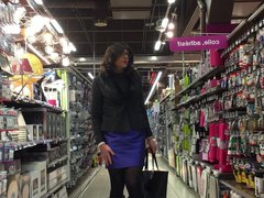 shopping in vidz a very  super blue satin skirt