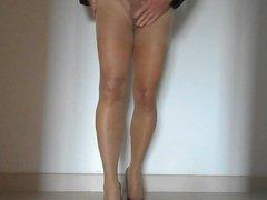 Pantyhose and vidz cum 4