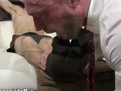 Inked jock vidz feet 3way  super slobbered by bald businessman