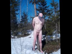barefoot selfbondage vidz in snow.