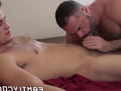 Jock stepson vidz hits bottom  super daddy in the face with his jizz