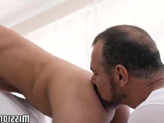 Huge cumload vidz in young  super twinks tight ass from mature Mormon