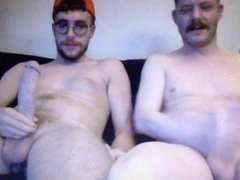 Two hot vidz hung dudes  super jerking their huge hung cocks sucking