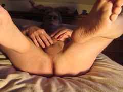 Subbie51m is vidz spreading his  super legs wide HD EXPOSED