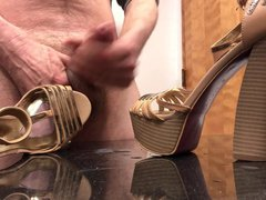Playing with vidz Chunky Platform  super Heels