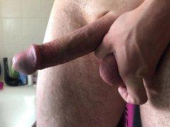 Playing with vidz my cut  super dick in bath - Im Bad mit meinem Schwanz