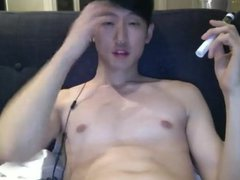 Asian guy vidz wanking