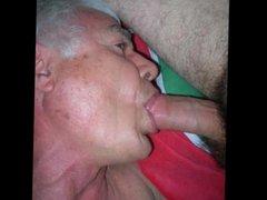 Sucking big vidz cock ans  super swallowing cum