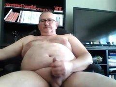 Daddy strokes vidz on cam