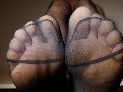 Feet in vidz Pantyhose