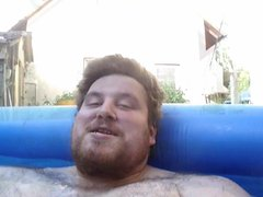 Seltsames Pool vidz Video